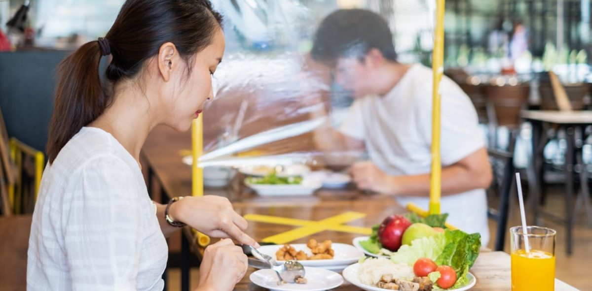 How to stay safe in restaurants and cafes